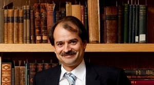 20110104 - Boston, Mass. - Tufts School of Medicine adjunct professor Dr. John Ioannidis, who also holds positions at Stanford University and the University of Ioannina in Greece, specializes in challenging the credibility of medical research.    (Kelvin Ma/Tufts University)
